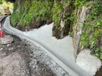 profil caniveau beton coulé